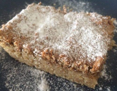 Хрустящий пирог с орехами