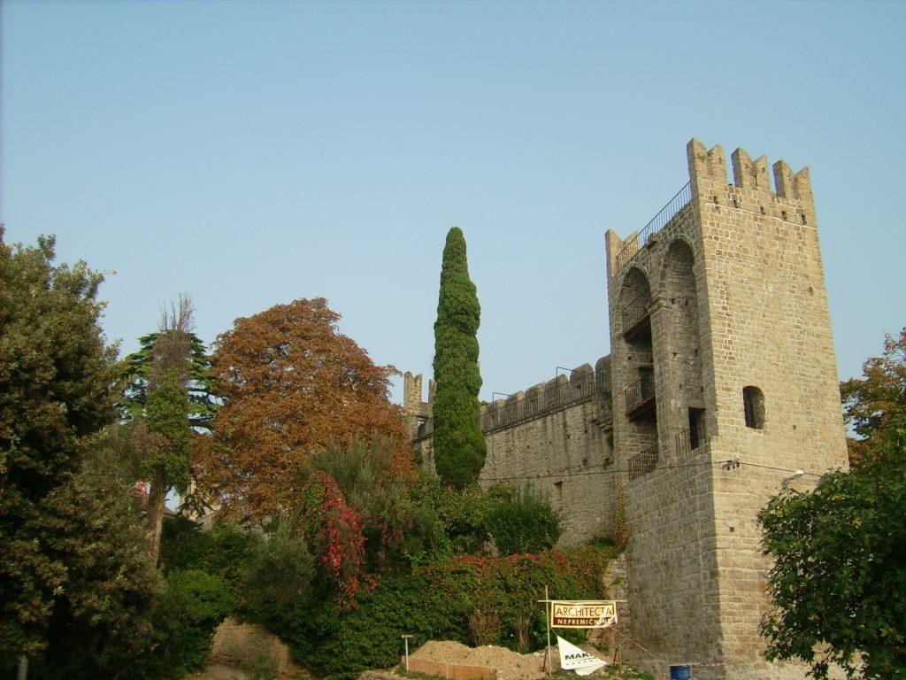 Пиран крепостная стена